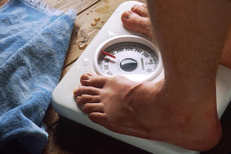 osobní váha s vysokými čísly