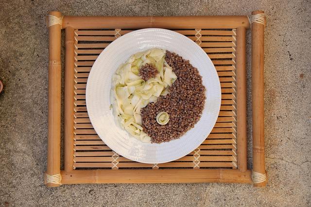 japonské jídlo s pohankou
