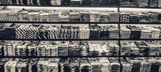 trička v běžných obchodech