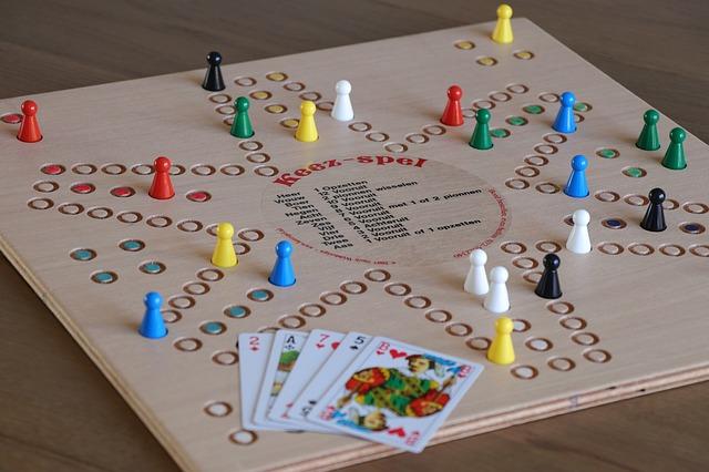 společenské hry, karty